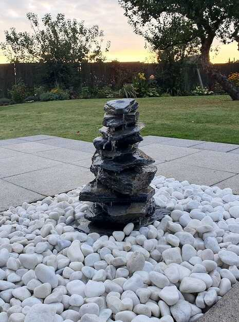 600mm Slate Pyramid Water Feature - Welsh Slate Water Features 02
