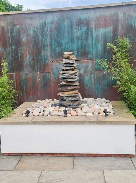 1500mm Slate Pyramid Water Feature   Welsh Slate Water Features