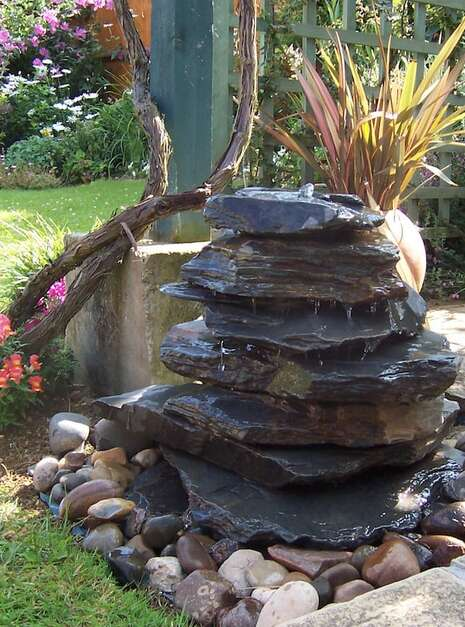 Slate Pyramid Water Feature Example 02