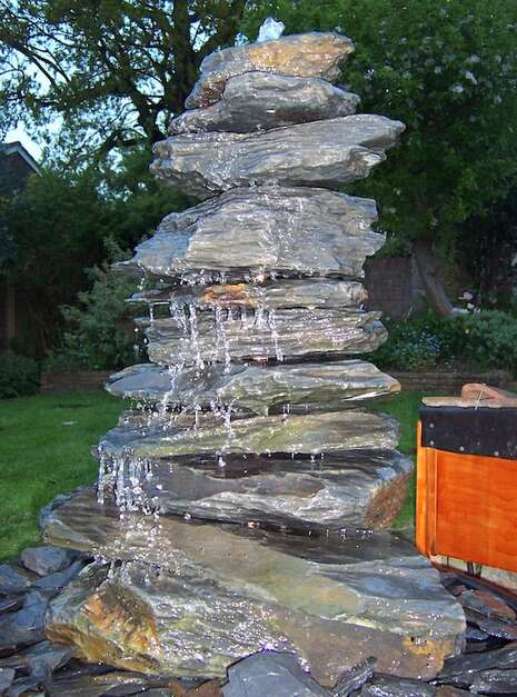 Slate Pyramid Water Feature Example 03 | Welsh Slate Water Features