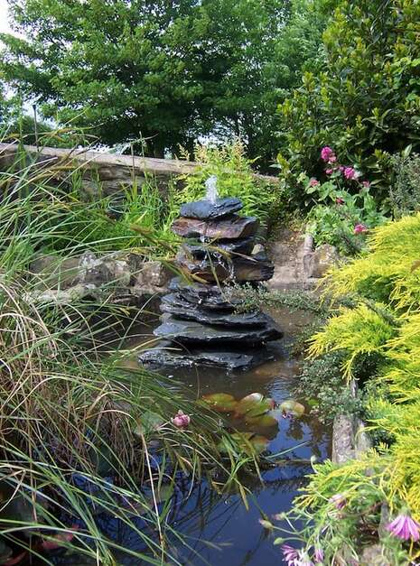 Slate Pyramid Water Feature Example 05 | Welsh Slate Water Features