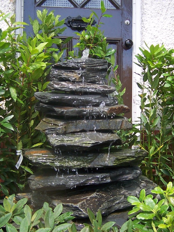 Slate Pyramid Water Feature Example 06 | Welsh Slate Water Features