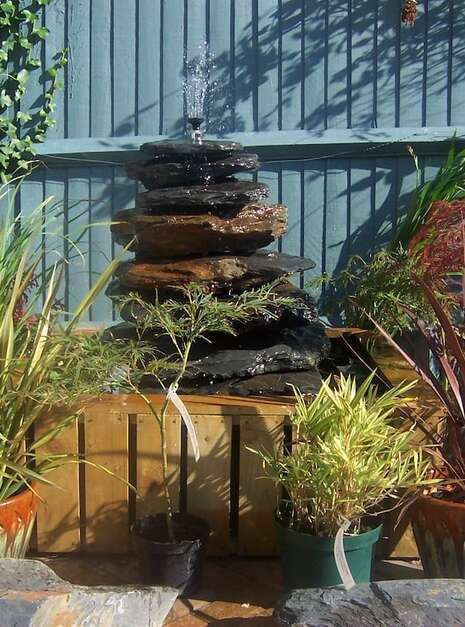 Slate Pyramid Water Feature Example 08 | Welsh Slate Water Features