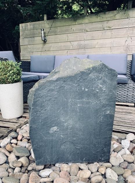 Slate Monolith SM29 2