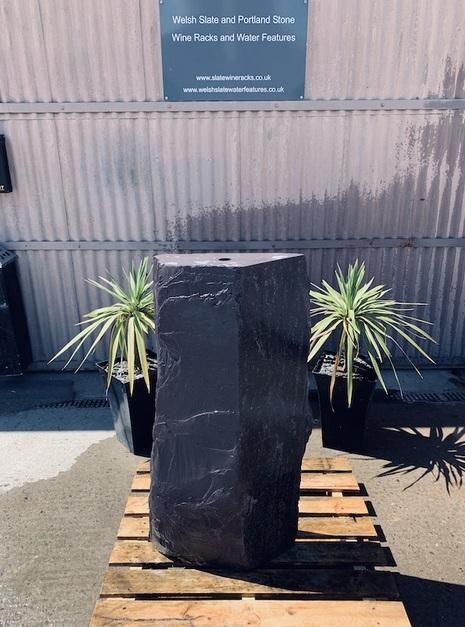 Slate Monolith SM37 2