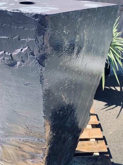 Slate Monolith SM37 4