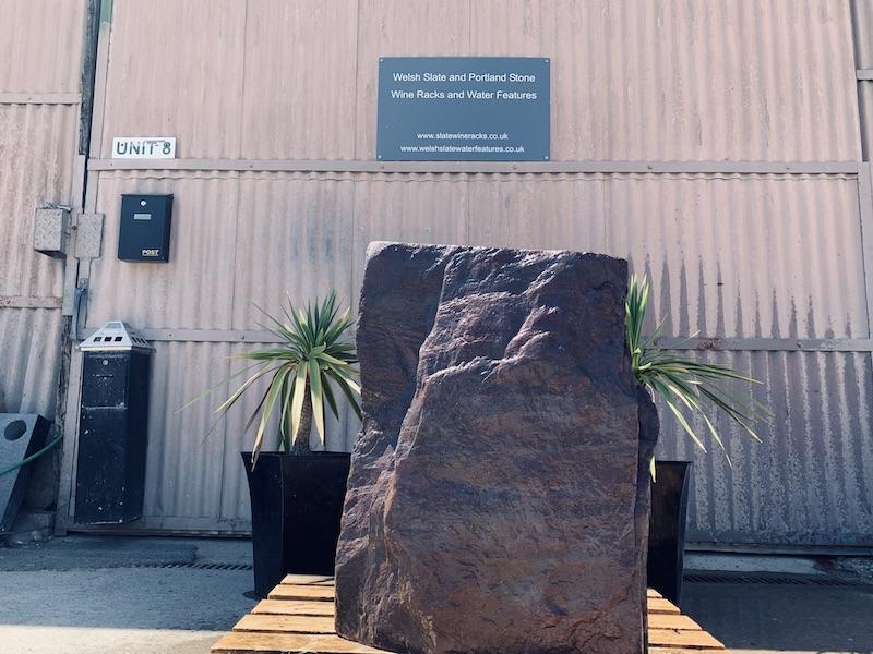 Slate Monolith SM40 4