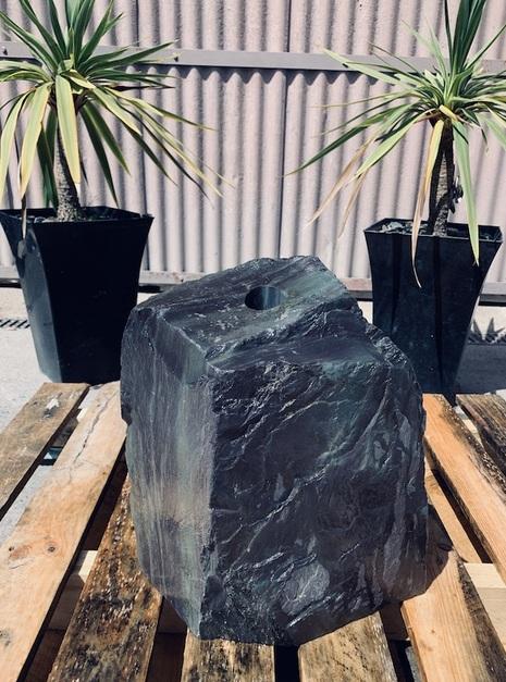 Slate Monolith SM44 2