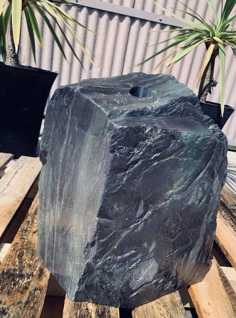 Slate Monolith SM44 3