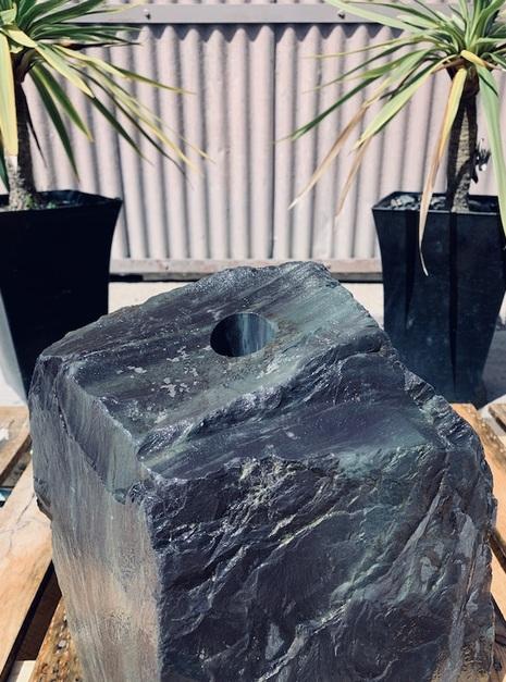 Slate Monolith SM44 4