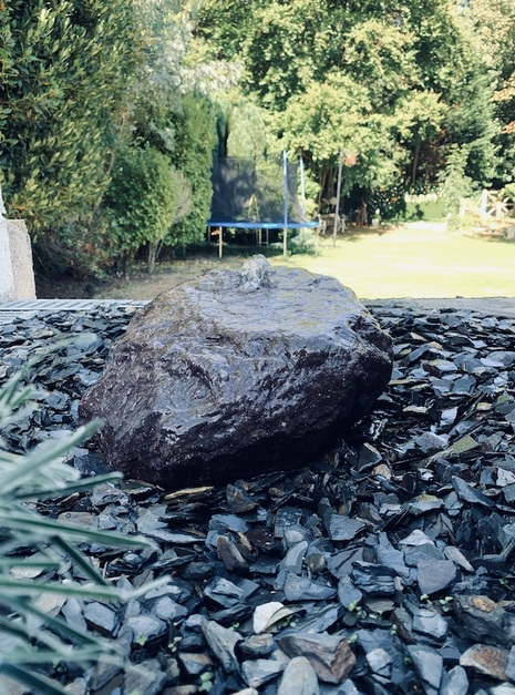 Stone Monolith SM33