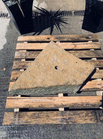 Stone Monolith SM43