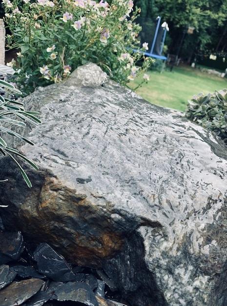 Quartz Boulder QB4