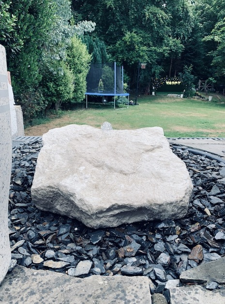 Stone Monollith SM65