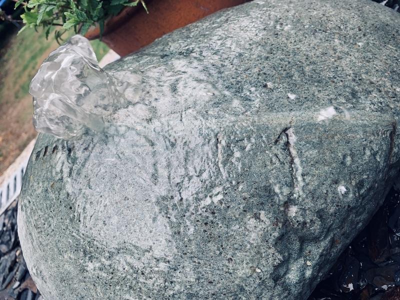 Quartz Boulder QB10 3