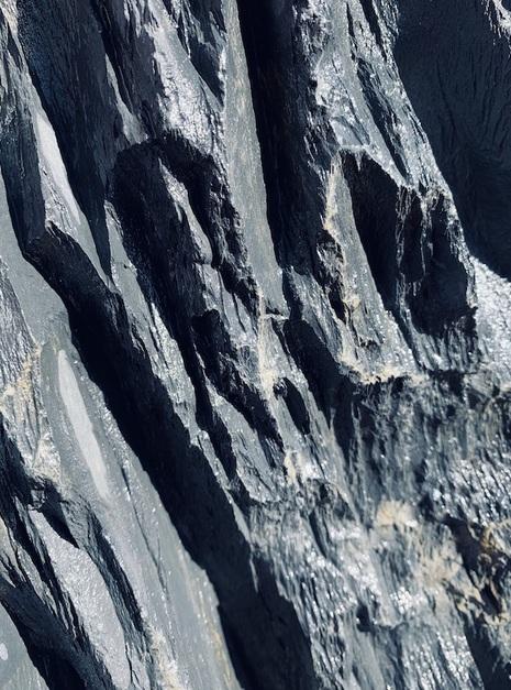 Slate Monolith SM86 10