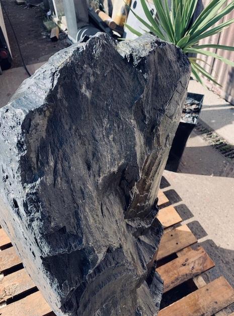 Slate Monolith SM86 5