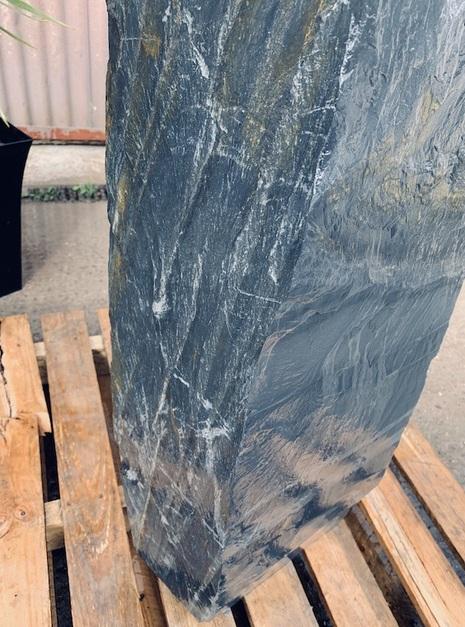 Slate Monolith SM89 4