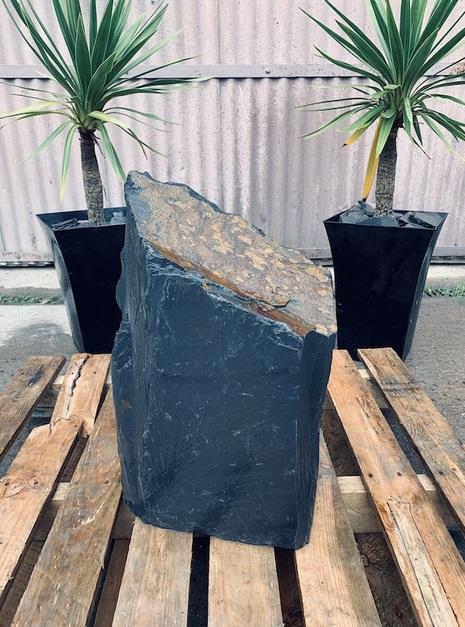 Slate Monolith SM93 2