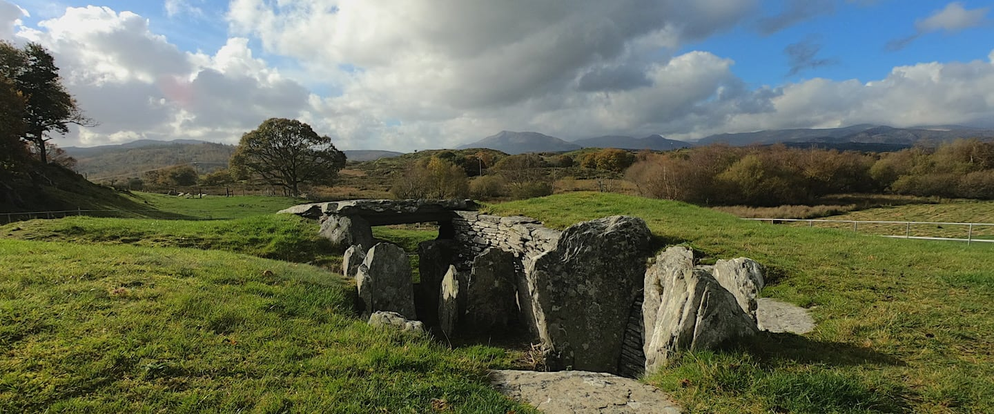 Capel Garmon Burial Chamber   Welsh Slate Water Features