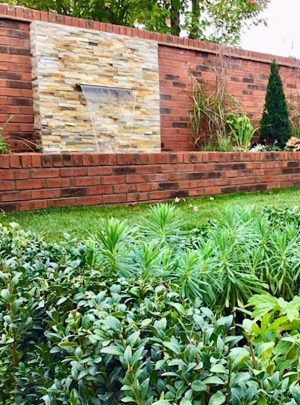 600mm Water Blade Example | Welsh Slate Water Features