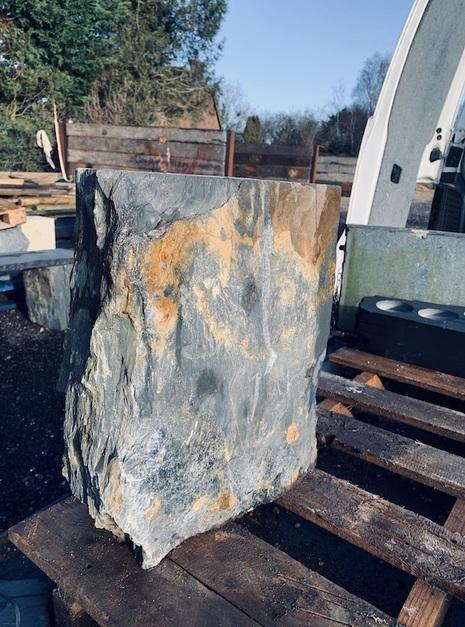 Slate Monolith SM97 2