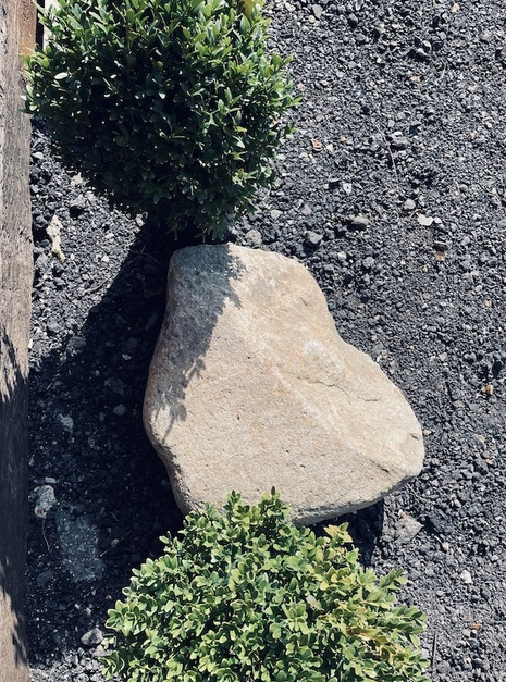 Granite Boulder GB4