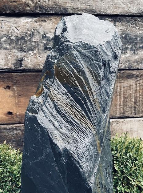 Slate Monolith SM105 2