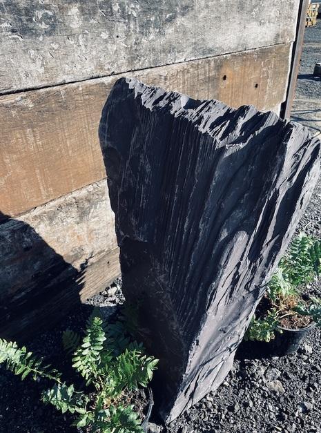 Slate Monolith SM111 8