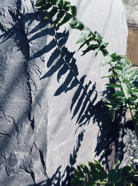 Slate Monolith SM111