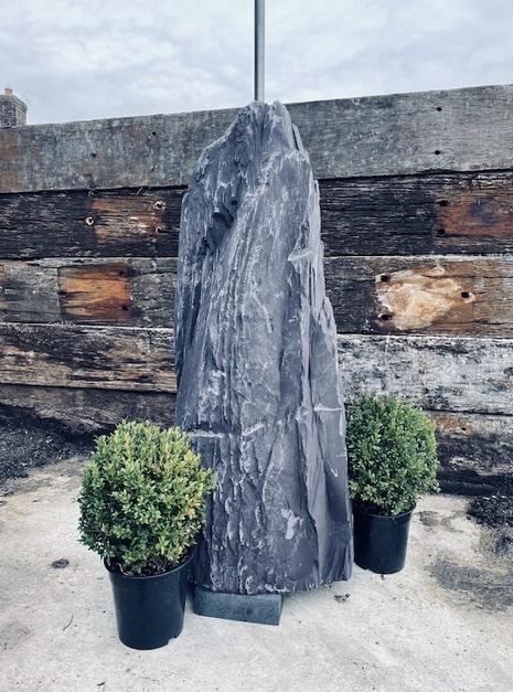 Slate Monolith SM114 1