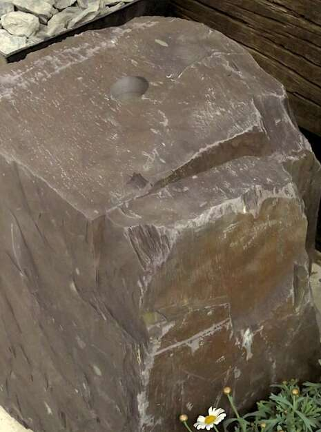Slate Monolith SM121 04 | Welsh Slate Water Features