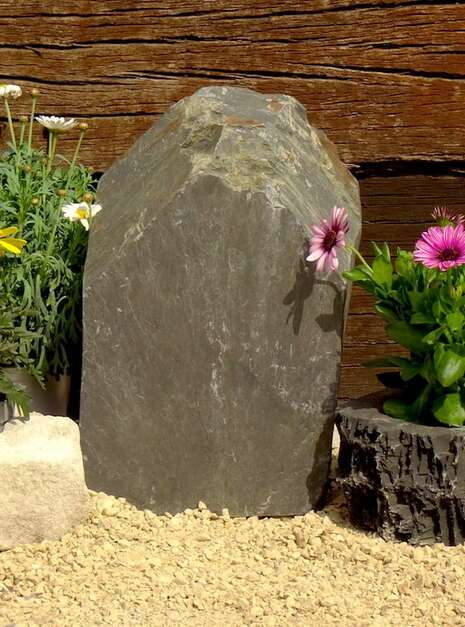 Slate Monolith SM133 01   Welsh Slate Water Features