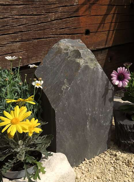 Slate Monolith SM133 03   Welsh Slate Water Features