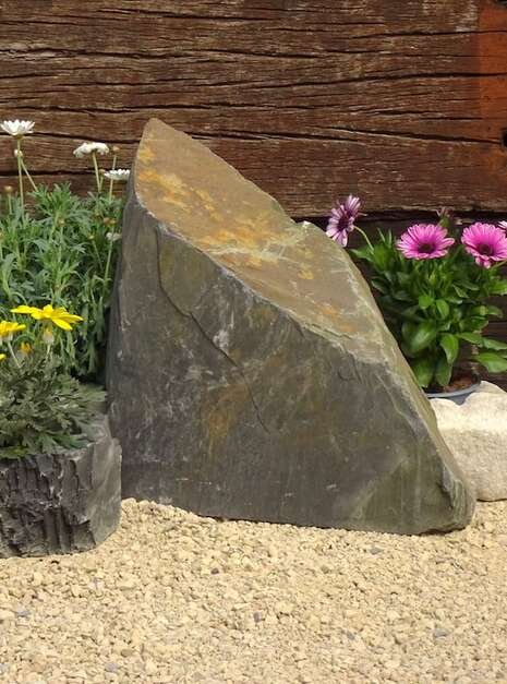 Slate Monolith SM135 01   Welsh Slate Water Features