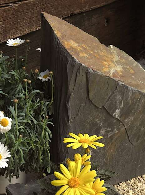 Slate Monolith SM135 03   Welsh Slate Water Features