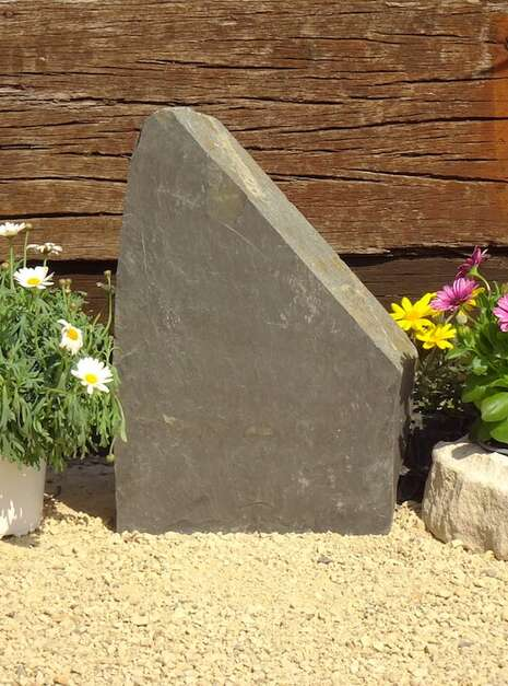 Slate Monolith SM136 02   Welsh Slate Water Features