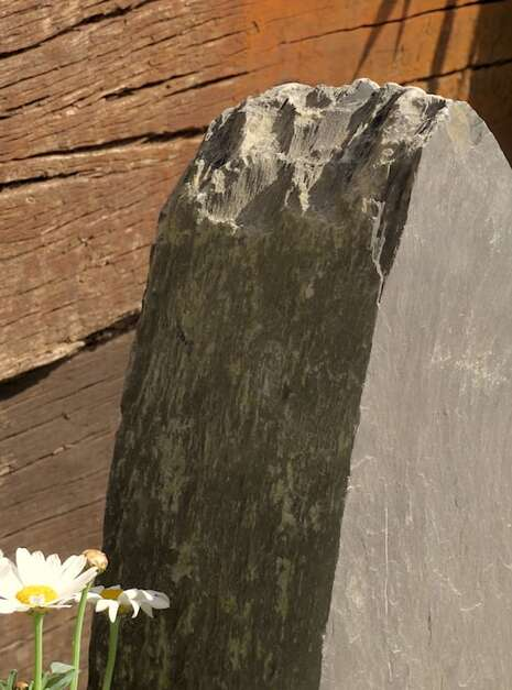 Slate Monolith SM136 03   Welsh Slate Water Features