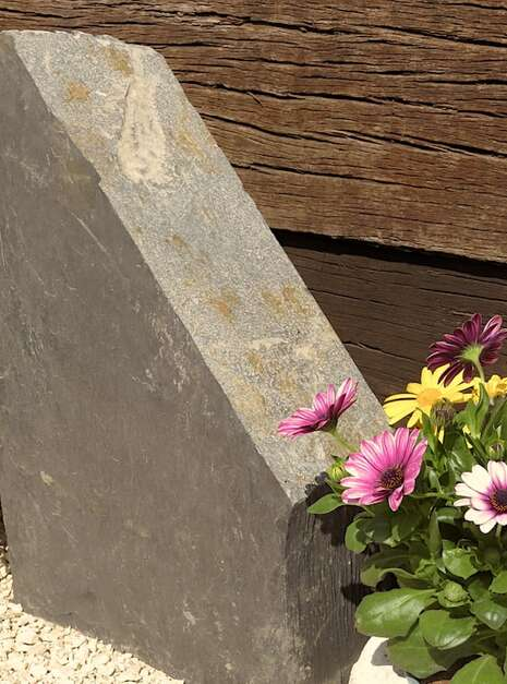 Slate Monolith SM136 04   Welsh Slate Water Features