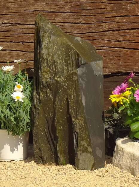 Slate Monolith SM137 02   Welsh Slate Water Features