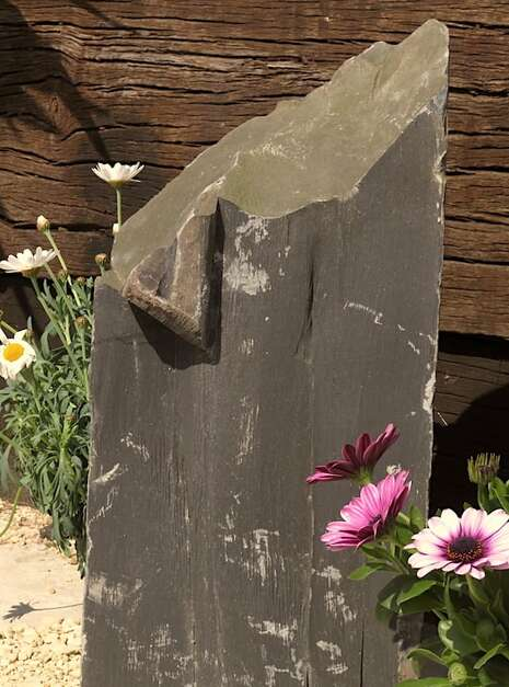 Slate Monolith SM137 04   Welsh Slate Water Features