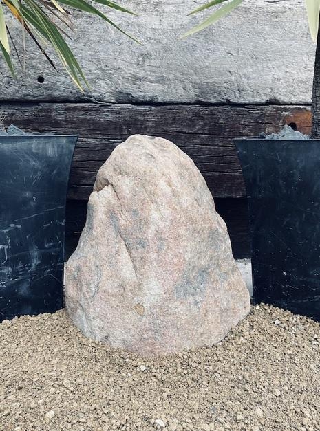 Stone Monolith SM140