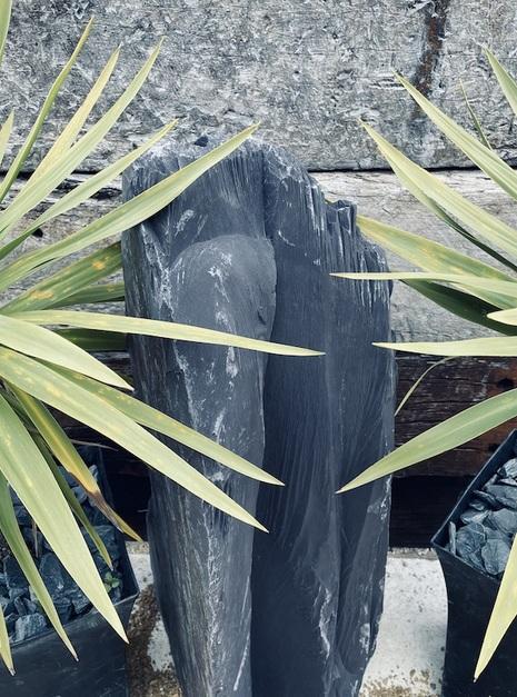 Slate Monolith SM145 3