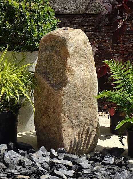 Stone Monolith SM151 Water Feature   Welsh Slate Water Features 01