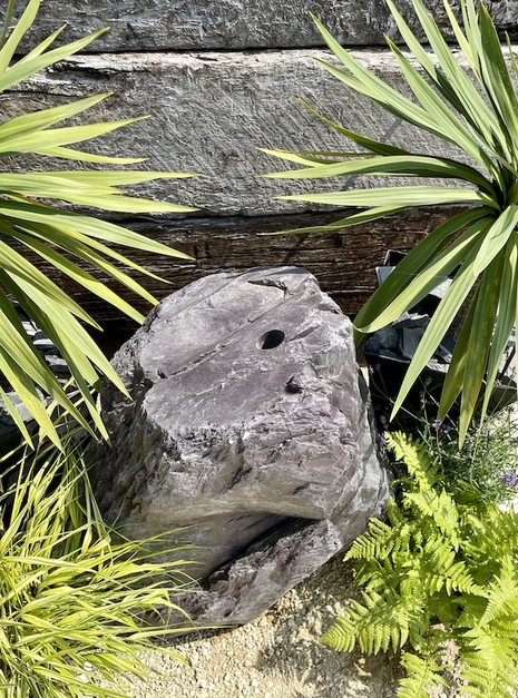 Slate Monolith SM162 Water Feature   Welsh Slate Water Features 04